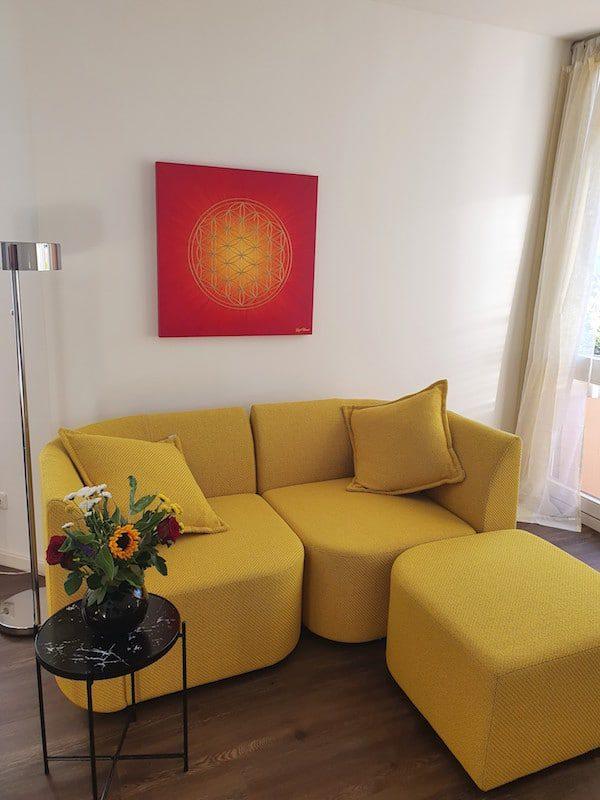 Blume des Lebens Bild in den Farben Rot und Gold: Auftragsarbeit für das Wohnzimmer